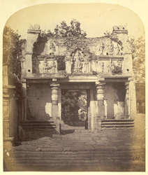 Old gateway of the Chennakeshvara Temple, Belur